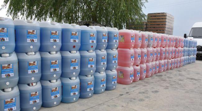 Belediyeden okullara temizlik malzemesi