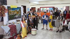 Okul koridoru 'kültür sokağı' oldu!