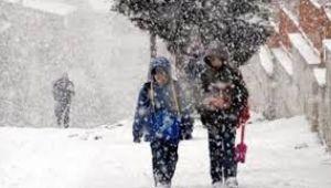 İstanbul'da pazartesi günü okullar tatil edildi