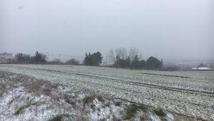 Silivri de kar yağışı etkili oluyor