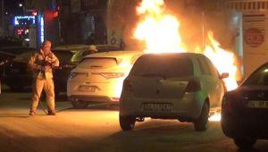 Silivri'de otomobil alev alev yandı