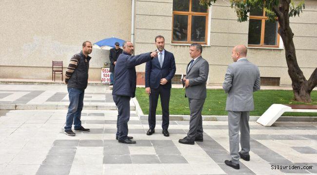 Başkan Yılmaz 19 Mayıs Meydan'nı Inceledi