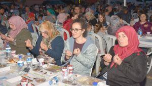 Gönül Sofrası Kadıköy'de Kuruldu