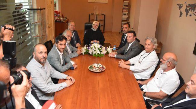 Başkan Yılmaz, Bakan Selçuk ile fabrika ziyareti yaptı