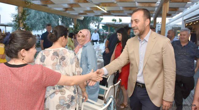 Başkan Yılmaz Fenerköy öğretmenleriyle buluştu