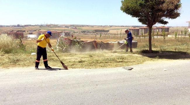 Belediye ekipleri saha çalışmalarını sürdürüyor