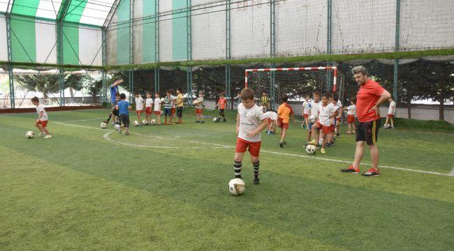Yaz spor okulları devam ediyor