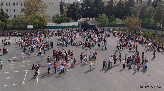 Deprem sonrası okullar boşaltıldı