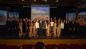 Türam lisesi öğrencileri Buhara'yı tanıttı