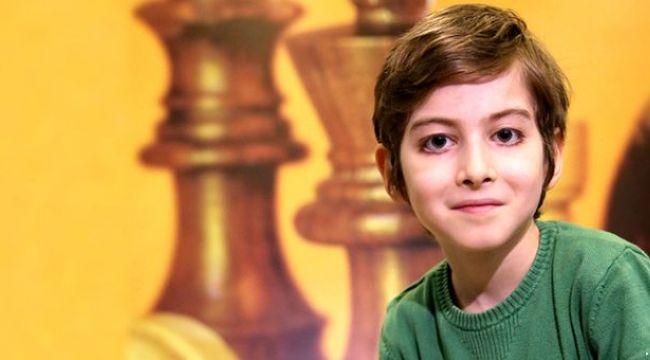 Bakan Ziya Selçuk'tan Atakan açıklaması: Bir çocuğun bu kadar sosyal medyada yer almasını onaylamıyoruz