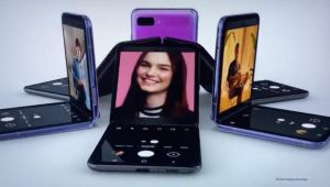 Samsung, ikinci katlanabilir telefonu Galaxy Z Flip'i tanıttı