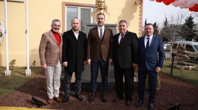 Silivri Sanayi'sinde Atatürk büstü törenle açıldı