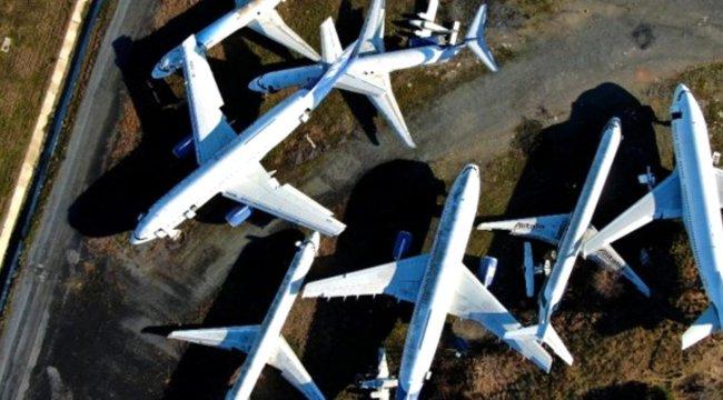 Uçaklar çürüyor!