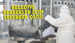 Belediye, kuaför ve berber salonlarını dezenfekte ediyor