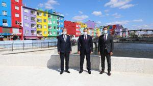 Vali Yerlikaya renkli evlerle fotoğraf çektirdi