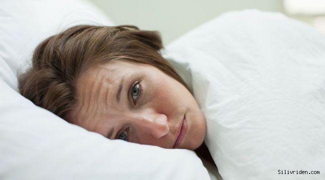 Sabahları neden şiş yüzle uyanırız