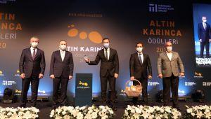 """Silivri Belediyesi """"altın karınca"""" ödülü aldı"""
