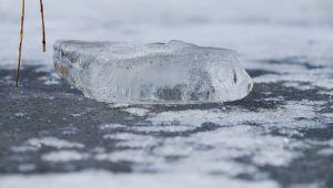 Silivri'de gökten buz kütlesi yağdı