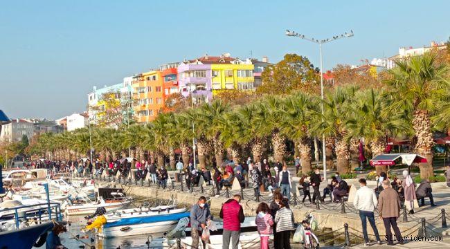 Silivri'de vatandaşlar sahile akın etti