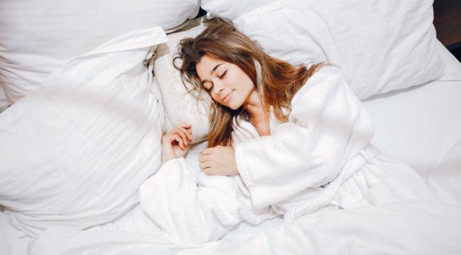 Aşırı uykuculuk hipersomni nedir uyudukça uyuyasınız geliyorsa...