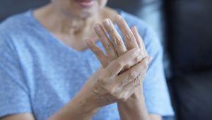 Osteoporoz neden kadınlarda daha fazla görülüyor uzmanlar açıklıyor!