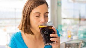 Günde 2 bardaktan fazla gazlı içecek içenlerin ölüm riski artıyor!