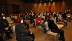 Küçükçekmece Belediyesi'nden sosyal tesis personeline sertifikalı meslek eğitimi