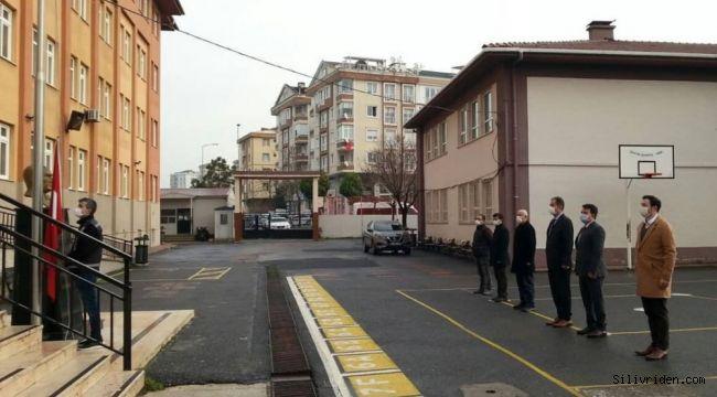 Silivri'de bayrak töreni düzenledi