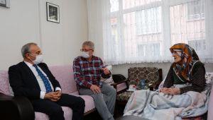 Başkan Çebi'den 116 ve 112 yaşlarındaki asırlık çınarlara ziyaret