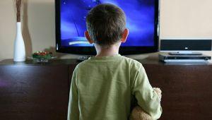 """Çocuklar İçin Evdeki büyük tehlike """"Televizyonlar"""""""