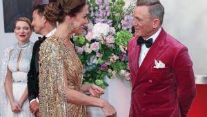 James Bond filminin galasında Kate Middleton kıyafeti ile damga vurdu