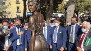 Özgürlük mücadelesinin transparan kadın figürüyle yansıtılması tepkilere sebep oldu