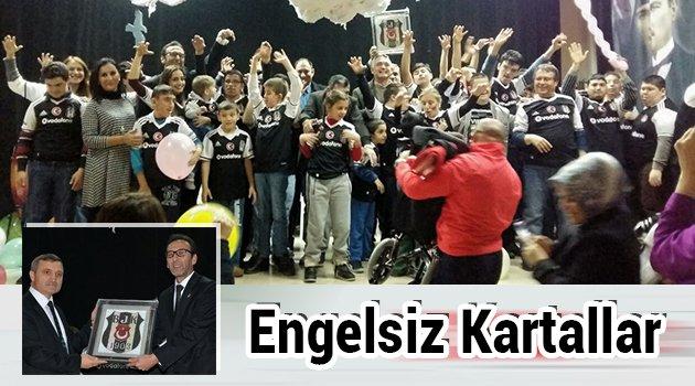 Beşiktaşlılar engelli öğrencilerle