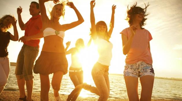 Bizimköy plajında dj parti ve dans şov yapılacak