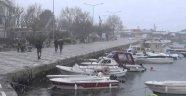 Silivri'de kar yağışı başladı